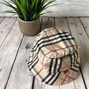 Burberry Children's reversible bucket rain hat